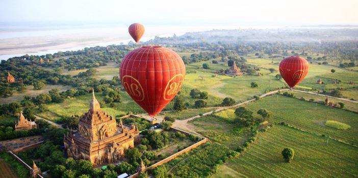 visita-a-templos-de-bagan-al-viajar-a-birmania