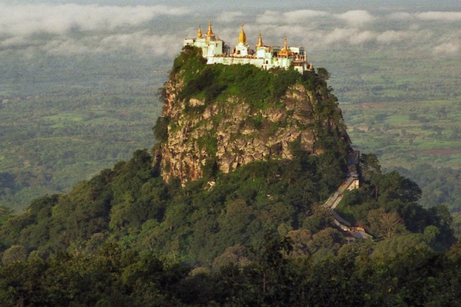 taung-kalat-que-ver-en-birmania