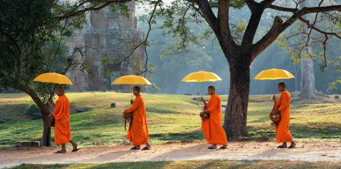 angkor-monks-cambodia