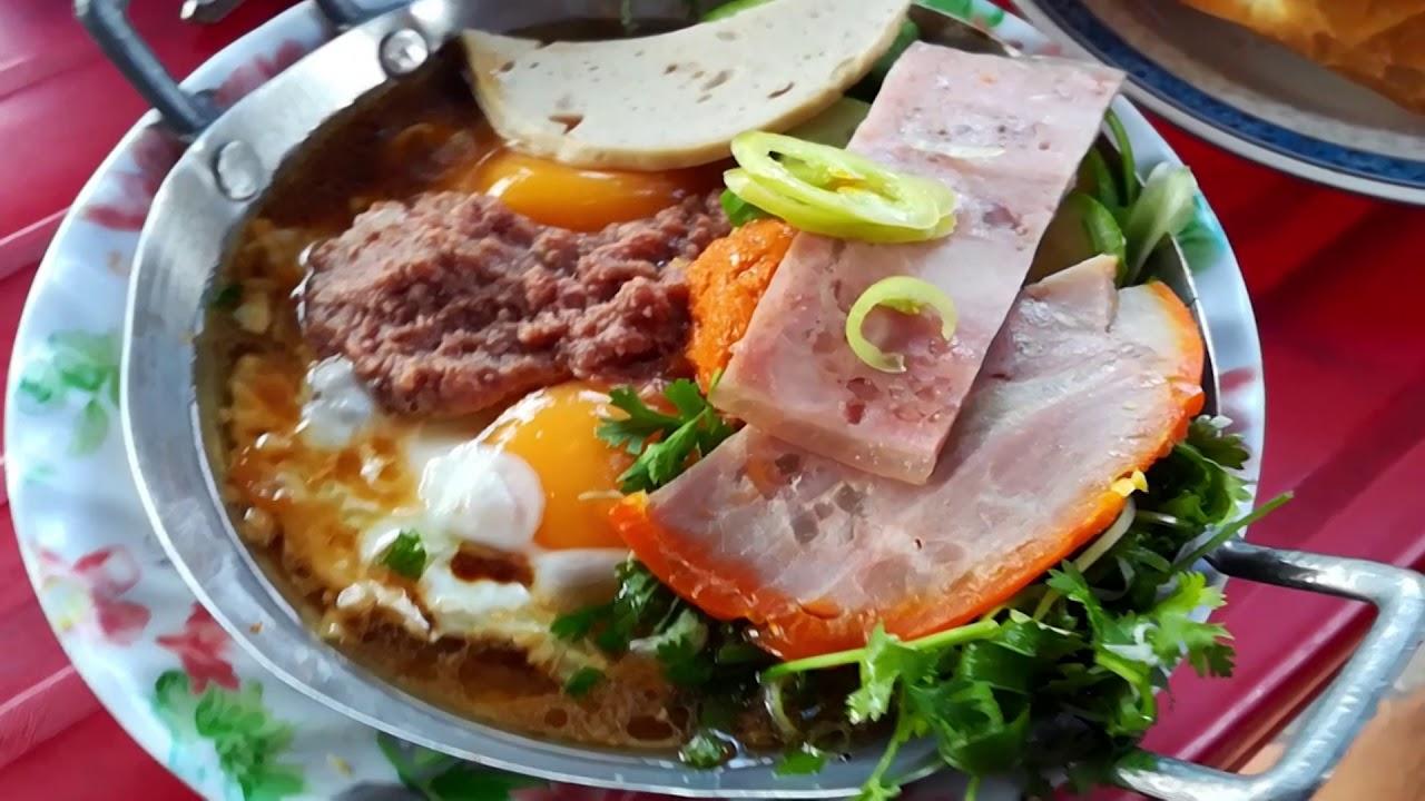 op-la-comida-típica-de-vietnam-en-sai-gon